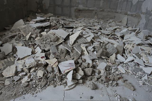 wyburzanie ściany działowej