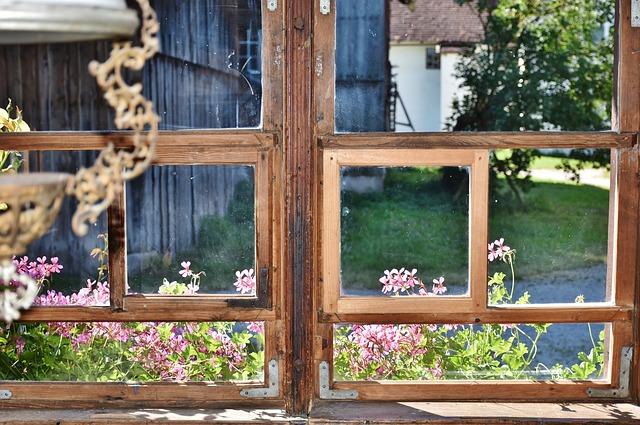 uszczelnianie starych okien na zimę